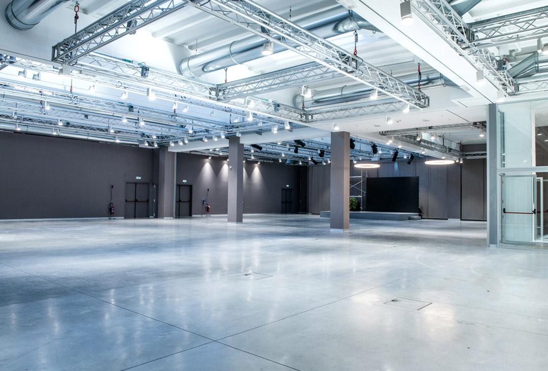 JoyHub è una location per eventi a Milano modulabile in 6 configurazioni